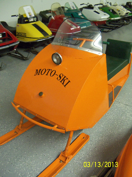 1964 Moto-Ski Tin Cab Model 100